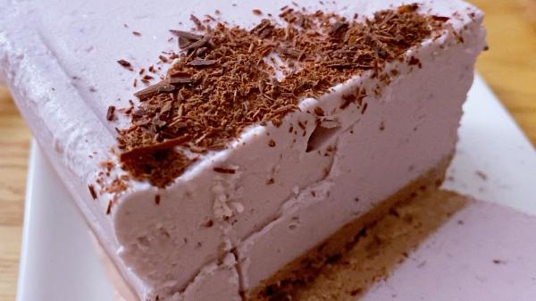 イチゴアイスケーキ ココナッツグレン